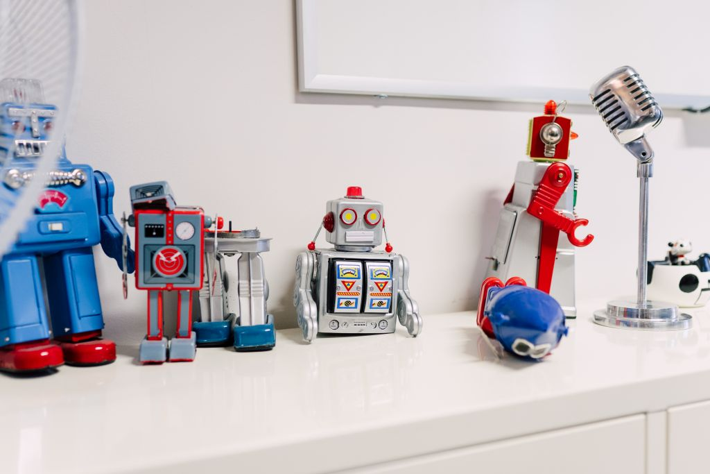 Robots and Microphone